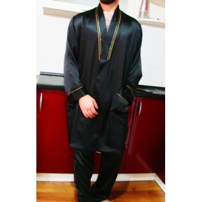 Стильный черный шелковый халат с поясом. В наличии. Франция.